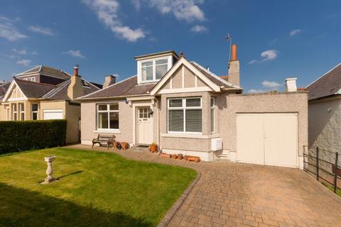 3 bedroom detached house to rent - Redford Drive, Colinton, Edinburgh, EH13