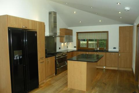 4 bedroom terraced house to rent - Osborne Place, Aberdeen, AB25