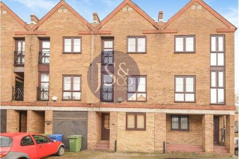 1 bedroom house share to rent - Brunswick Quay, Canada Water, London, SE16 7PY