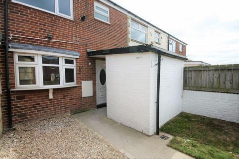 3 bedroom terraced house to rent - Gifford Close, Hull, Bransholme, HU7