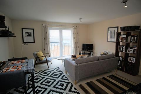 2 Bedroom Apartment To Rent Boughton Way Gloucester