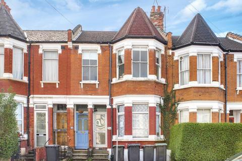 3 bedroom property for sale - Lyndhurst Road, Wood Green, N22