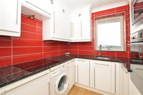 1 bedroom flat to rent - Overhill Road, London