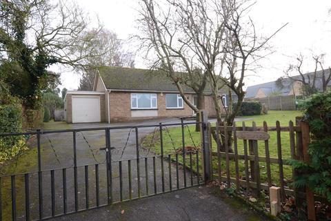 3 bedroom detached bungalow to rent - School Lane, Elton, Peterborough, PE8