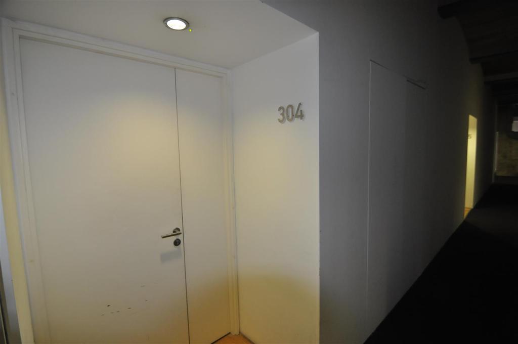 Entrance/vestibule