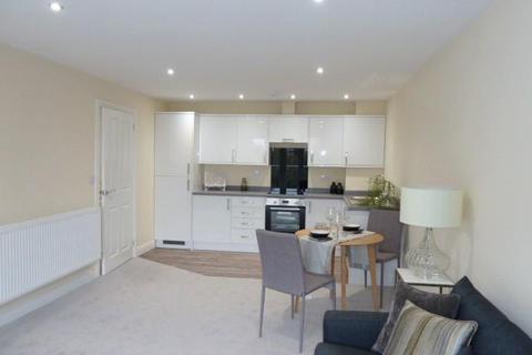 2 bedroom flat to rent - Iveson Drive, Ireland Wood, Leeds