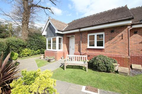 2 bedroom semi-detached bungalow for sale - Michael Blanning Place, Gorton Croft, Balsall Common