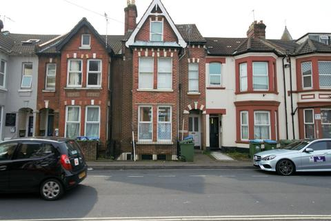 1 bedroom ground floor flat for sale - The Polygon, Southampton