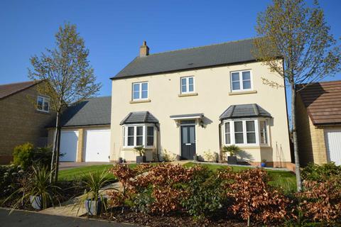 4 bedroom detached house for sale - The Paddocks, Enstone