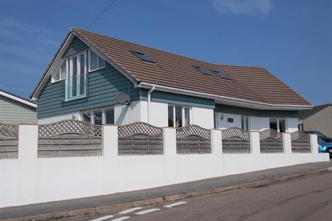 3 bedroom detached house for sale - West Trevingey, Redruth