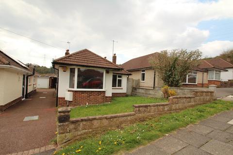 2 bedroom detached bungalow to rent - Oakdene Avenue, Portslade, East Sussex, BN41 2RJ