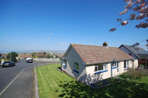 2 bedroom detached bungalow for sale - Highfield, Northam
