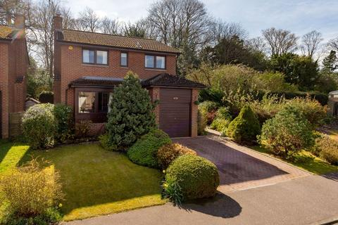 4 bedroom detached house for sale - 86 Woodfield Park, Edinburgh, EH13 0RB