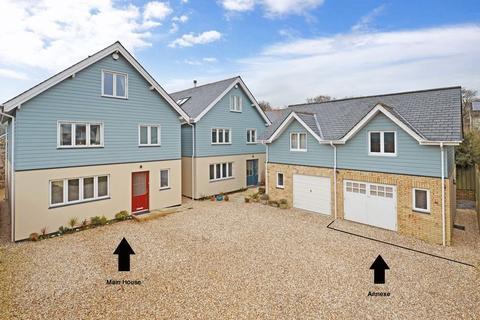 5 bedroom detached house for sale - Liverton