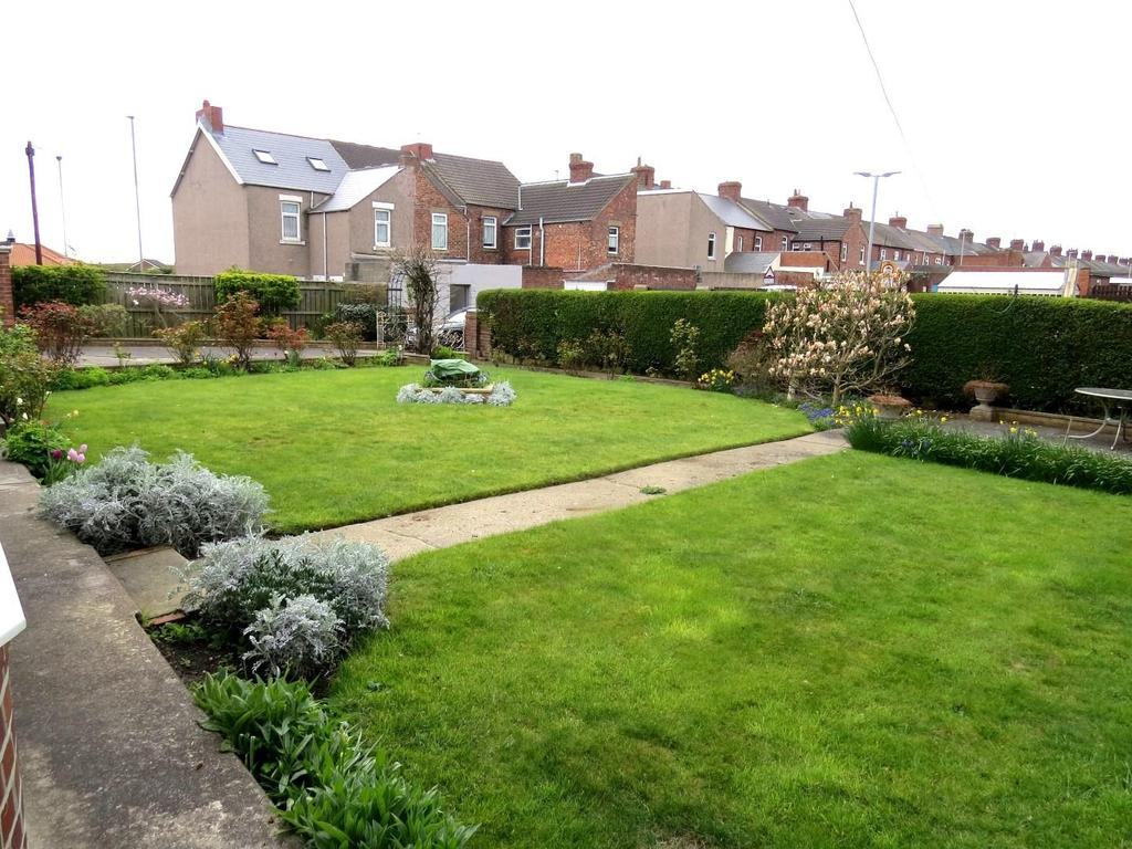 Well tended and extensive gardens