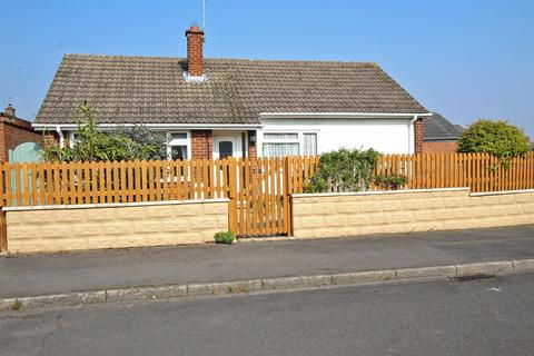 2 bedroom detached bungalow for sale - Cherrywood Gardens, Nottingham