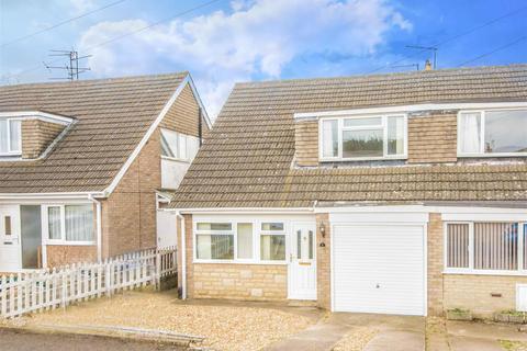 3 bedroom semi-detached house for sale - Grosvenor Way, Barton Seagrave, Kettering