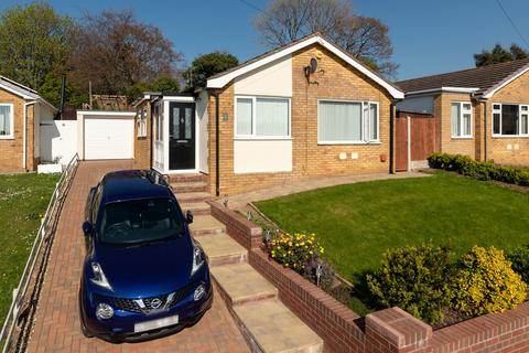 2 bedroom detached bungalow for sale - St Chads Way, Prestatyn