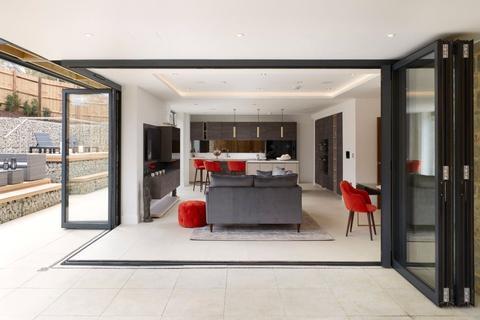5 bedroom detached house for sale - Plymouth Drive, Sevenoaks, Kent, Kent, TN13