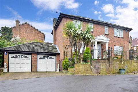 4 bedroom detached house for sale - Watson Avenue, Chatham, Kent