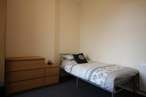 1 bedroom house share to rent - Merton Road, Liverpool