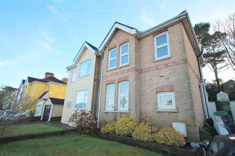 3 bedroom semi-detached house to rent - Gordon Road, Poole