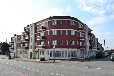 2 bedroom flat to rent - Monument Mansions, Swinley, Wigan, WN1 2LE