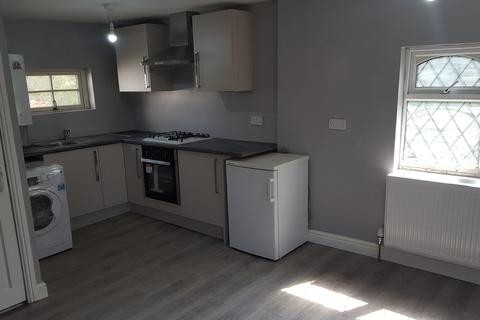 1 bedroom flat to rent - Green Road, Hall Green