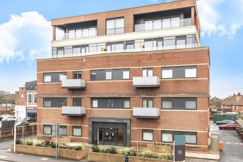 2 bedroom apartment to rent - Brickfield Court, Slough, SL1