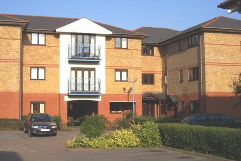 2 bedroom flat to rent - LUDLOW ROAD MAIDENHEAD BERKSHIRE SL6