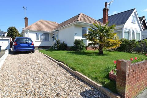 2 bedroom detached bungalow for sale - Baliol Road, Tankerton, Whitstable