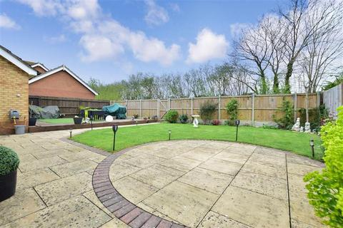 4 bedroom detached house for sale - Brooker Close, Boughton Monchelsea, Maidstone, Kent