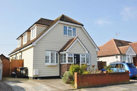 5 bedroom chalet for sale - Wallace Crescent, Chelmsford, Essex