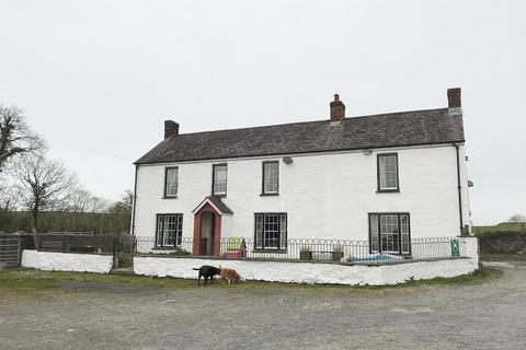 5 bedroom farm house for sale - Pontcowin Farm Bancyfelin, Carmarthen, Carmarthenshire. SA33 5NB