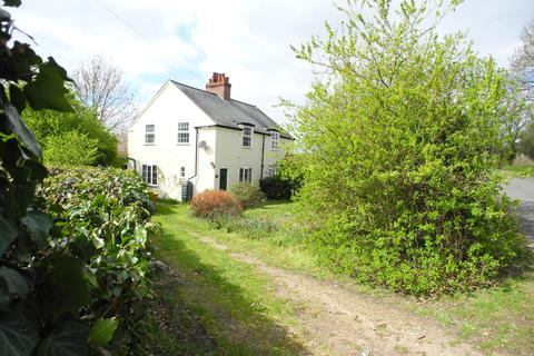 3 bedroom cottage for sale - Old Station Lane, Ellingham