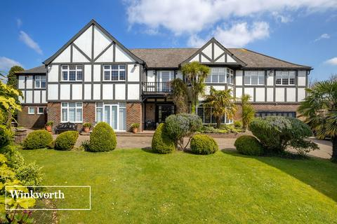 6 bedroom detached house for sale - Dyke Road Avenue, Brighton, East Sussex, BN1