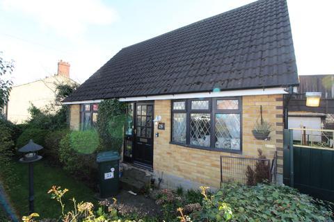 3 bedroom detached bungalow for sale - Wooller Road, Low Moor, Bradford, BD12 0RR