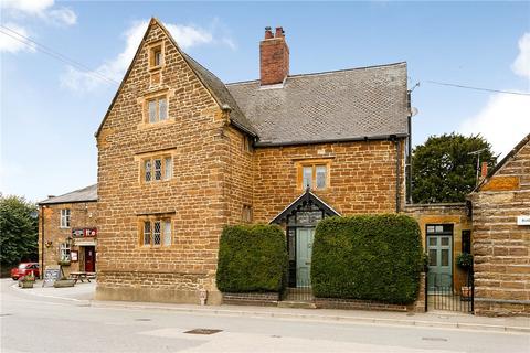 6 bedroom cottage for sale - Main Road, Crick, Northampton, Northamptonshire, NN6
