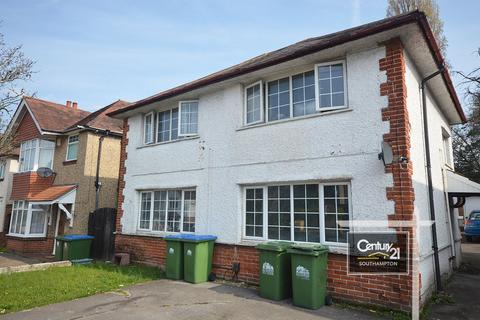 2 bedroom flat to rent - |Ref: F3|, Athelstan Road, Southampton, SO19 4DB