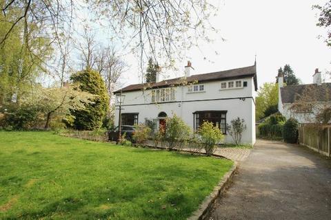 4 bedroom detached house to rent - Broad Lane, Hale