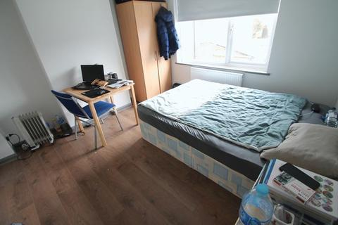 1 bedroom house share to rent - Vicarage Road, Birmingham, B14