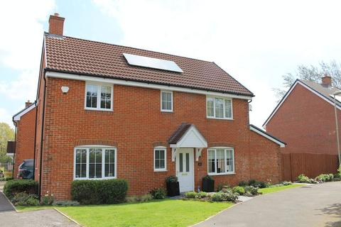 4 bedroom detached house to rent - Mill Gardens, Southampton