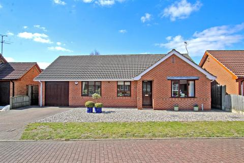 3 bedroom detached bungalow for sale - Long West Croft, Calverton, Nottingham