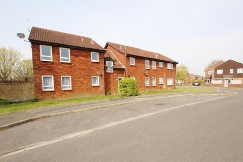 Studio to rent - Gunville Crescent, Bournemouth