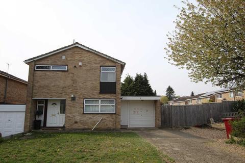 3 bedroom detached house for sale - Framlingham Drive, Reading