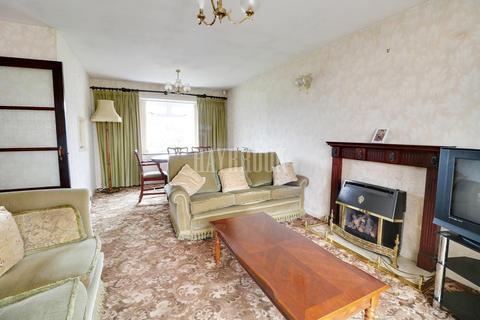 2 bedroom bungalow for sale - Sandby Croft, Herdings, S14