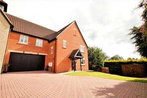6 bedroom semi-detached house for sale - Manor Court, Rushden