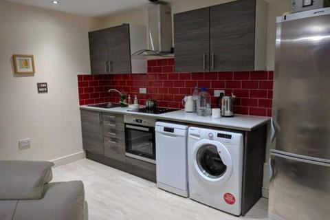 2 bedroom terraced house to rent - Altolusso, Bute Terrace , Bute Terrace, Cardiff