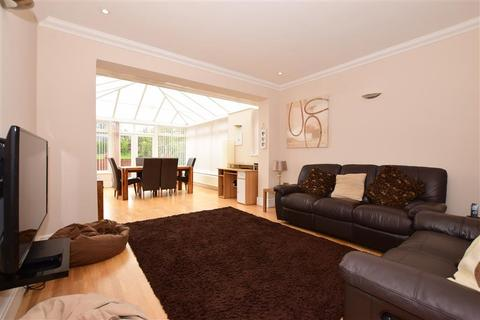3 bedroom detached bungalow for sale - Cumberland Avenue, Broadstairs, Kent
