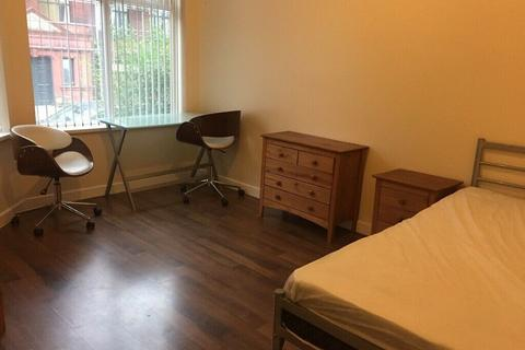 8 bedroom house to rent - Hamilton Rd, Longsight , Manchester M13